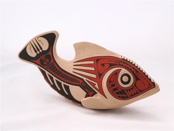 白泥鱼雕像——马塔Ortiz陶器