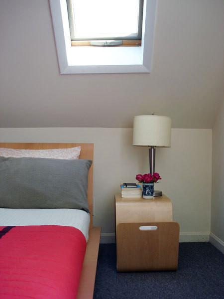 尖顶阁楼房的巧妙家居装饰 空间全利用