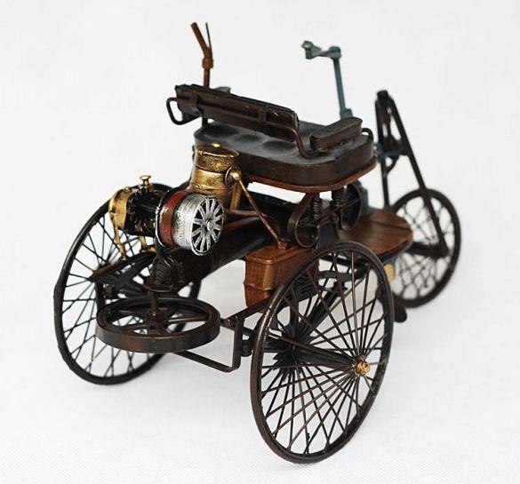 Antique Tin Model Car-Benz Patent Motorwagen 1886