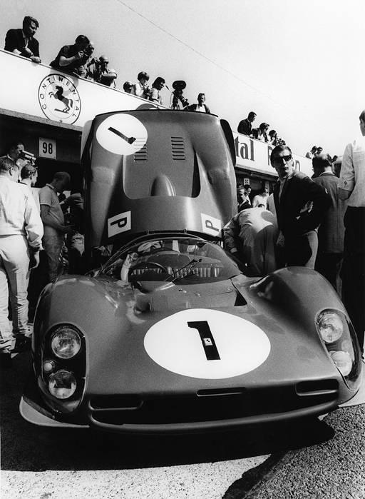 ferrari 330 p3 - john surtees + mike parkes - nürburgring - 1966