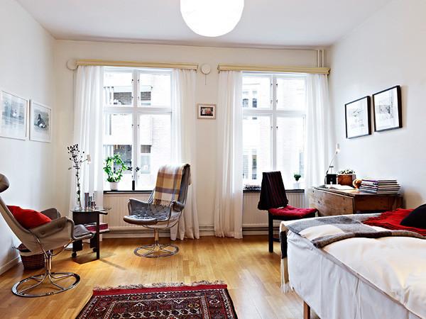 31平单身公寓 橡木地板打造的阁楼世界
