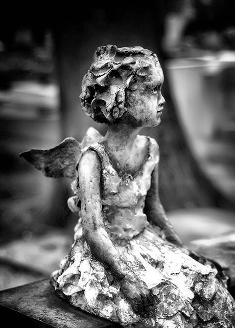 Angel Statue (Petite) by Tiquetonne2067, via Flickr | Angels