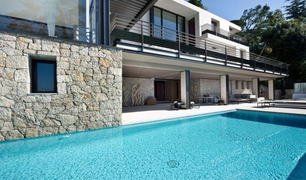 法国Villefranche海湾山坡度假海景别墅