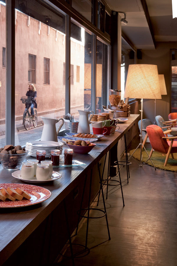 复古的西班牙风情:巴塞罗那Chic & Basic Ramblas酒店