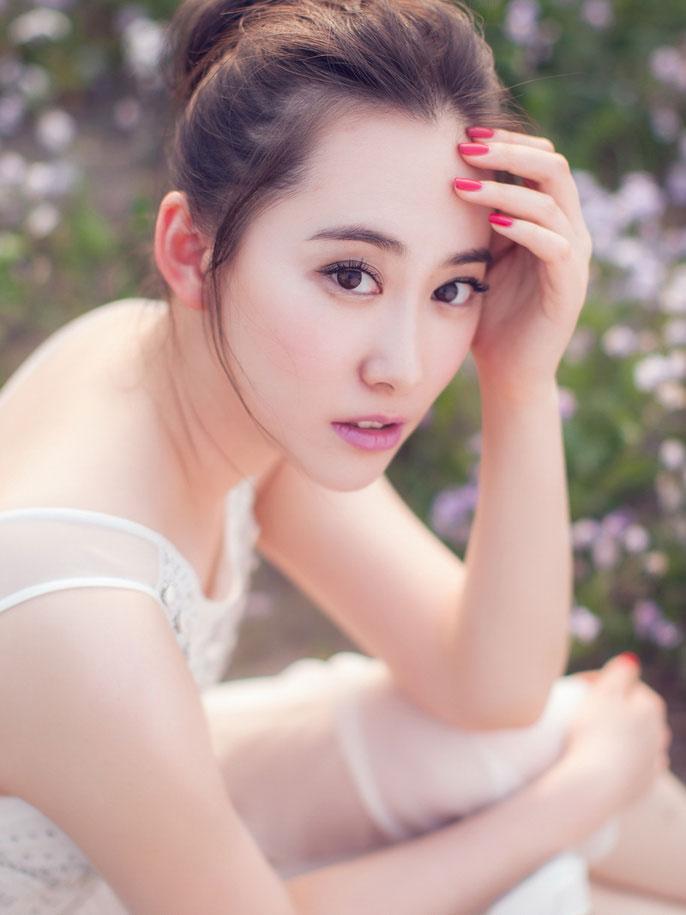 模特小白户外气质写真