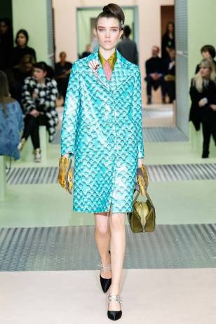 Prada Fall 2015 Ready-to-Wear Fashion Show普拉达2015秋季成衣时装秀