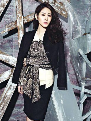 张碧晨时尚杂志封面写真大片 优雅女人味十足