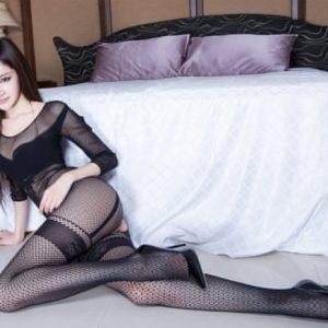 性感美女Arvil连体黑丝袜极致诱惑