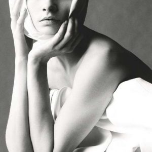 Modern Romance  模特:Cara Delevingne 摄影:Steven Meisel