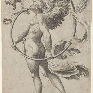 一个有翅膀的名人面朝左站着吹喇叭