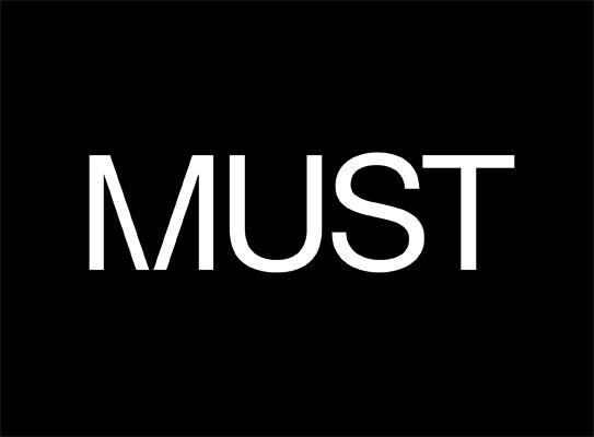 MUST杂志版式设计