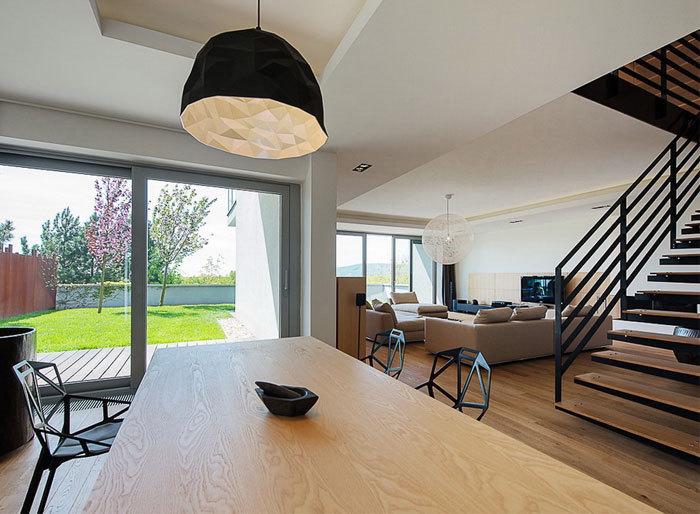 Beef Architecture:豪华优雅的复式住宅设计