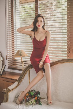 李妍静精美连衣裙套图