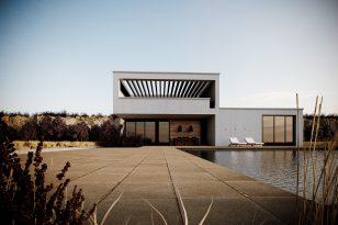Minimalistic house visuals