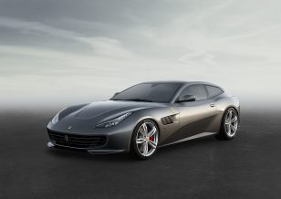 【2017iF金质奖】Ferrari - GTC4Lusso 法拉利跑车