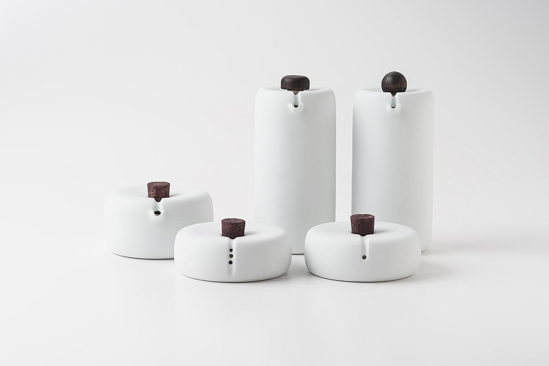 精美光滑的Bombette瓷器,原来是厨房厨具