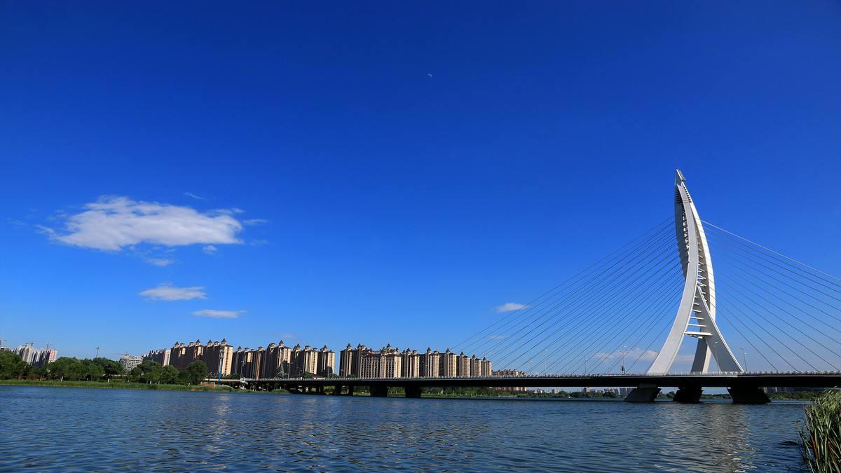 太原滨河两岸建筑物!