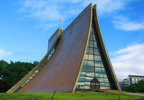 东海大学路思义教堂