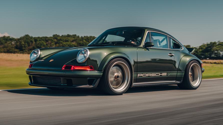 Porsche 911 Reimagined by Singer - the Dynamics and Lightweighting StudySinger 重新构想的 Porsche 911 - 动力学和轻量化研究
